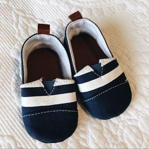 Nautical Baby Slip Ons, size 2, new